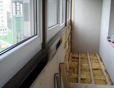 Обустройства пола на балконе